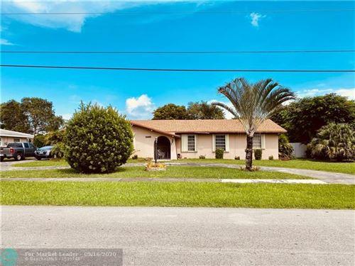 Photo of 15605 Palmetto Lake Dr, Miami, FL 33157 (MLS # F10249206)