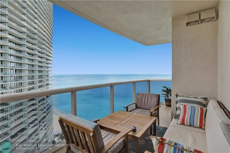 Photo of 18911 Collins Ave #2802, Sunny Isles Beach, FL 33160 (MLS # F10283207)