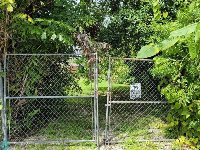 Photo of 0 SW 55th Ave, Davie, FL 33314 (MLS # F10293208)