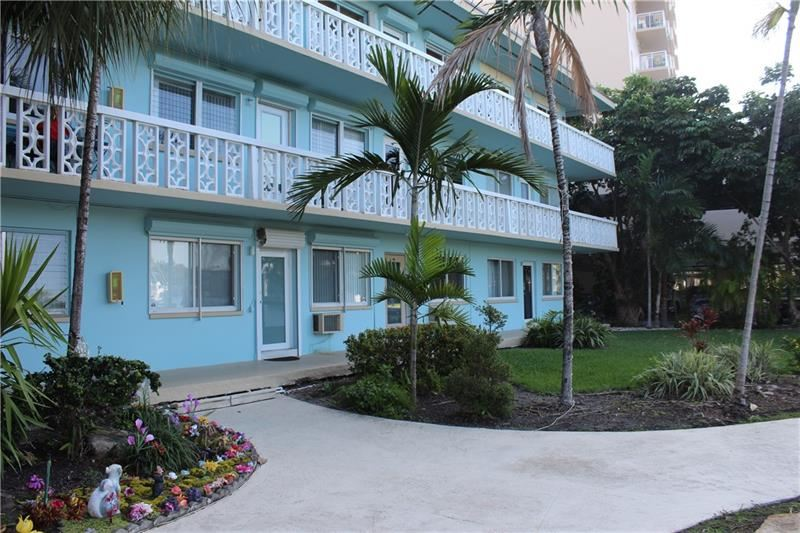 455 Golden Isles #108, Hallandale Beach, FL 33009 - #: F10268210
