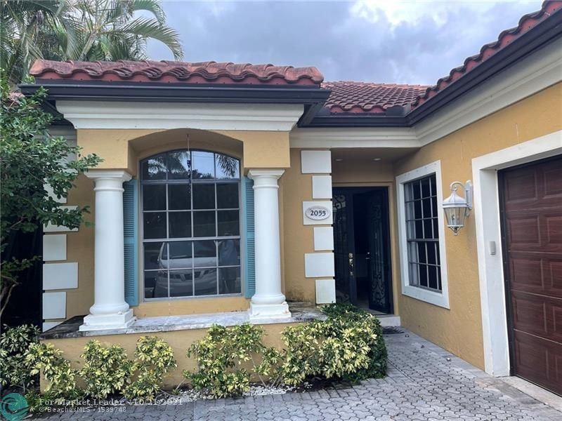 2055 Regents Blvd, West Palm Beach, FL 33409 - #: F10305221