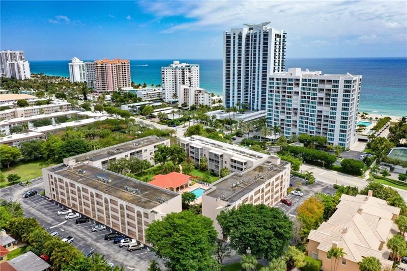 Photo of 1541 S Ocean Blvd #320, Lauderdale By The Sea, FL 33062 (MLS # F10281223)