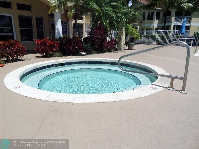 Photo of 2300 NW 33rd St, Oakland Park, FL 33309 (MLS # F10245224)