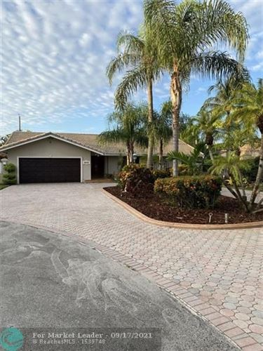 Photo of 8640 SW 46th St, Miami, FL 33155 (MLS # F10301225)
