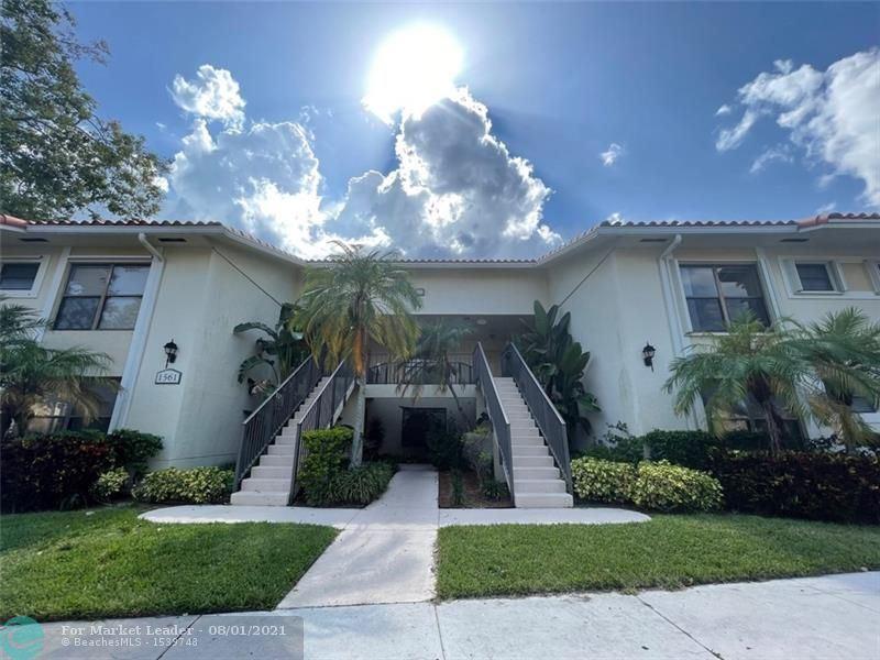 Photo of 1561 Windorah Way #H, Royal Palm Beach, FL 33411 (MLS # F10295226)