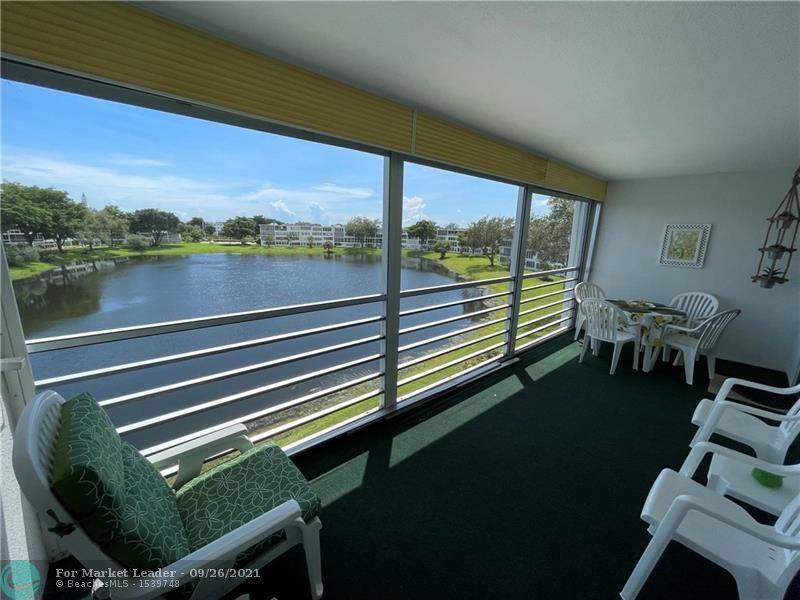 Photo of 4120 E Cambridge  E #4120, Deerfield Beach, FL 33442 (MLS # F10302227)