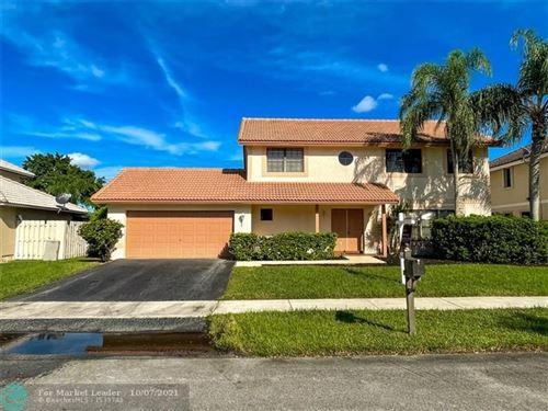 Photo of 710 Greenbriar Ave, Davie, FL 33325 (MLS # F10303232)