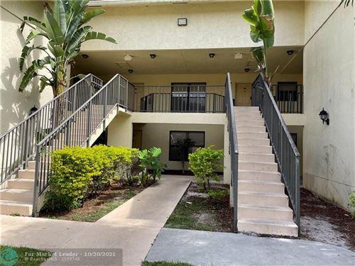 Photo of 1400 Windorah Way #H, West Palm Beach, FL 33411 (MLS # F10305235)