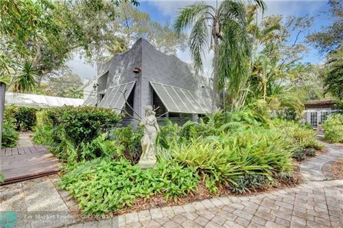 Photo of Listing MLS f10214236 in 1425 SW 8th Ct Fort Lauderdale FL 33312