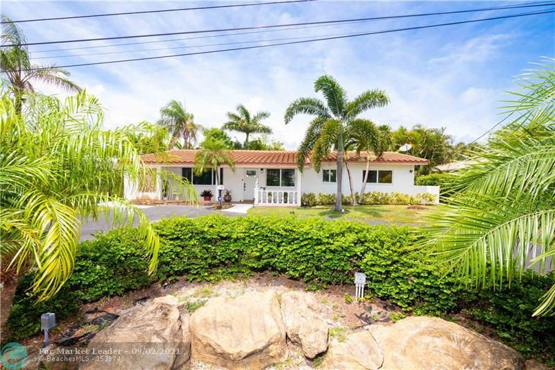 Photo of 245 N Tradewinds Ave, Lauderdale By The Sea, FL 33308 (MLS # F10299236)