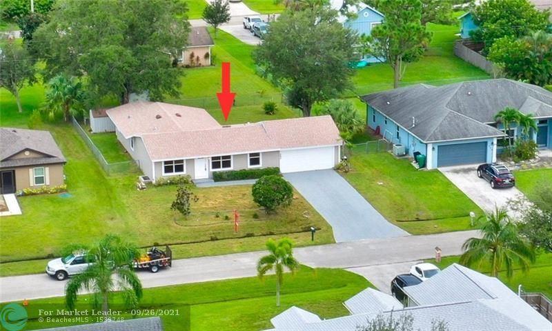 242 SW Starfish Ave, Port Saint Lucie, FL 34984 - #: F10302236
