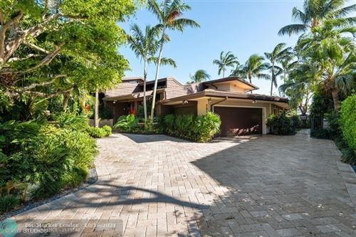 Photo of 2824 NE 29th St, Fort Lauderdale, FL 33306 (MLS # F10304240)