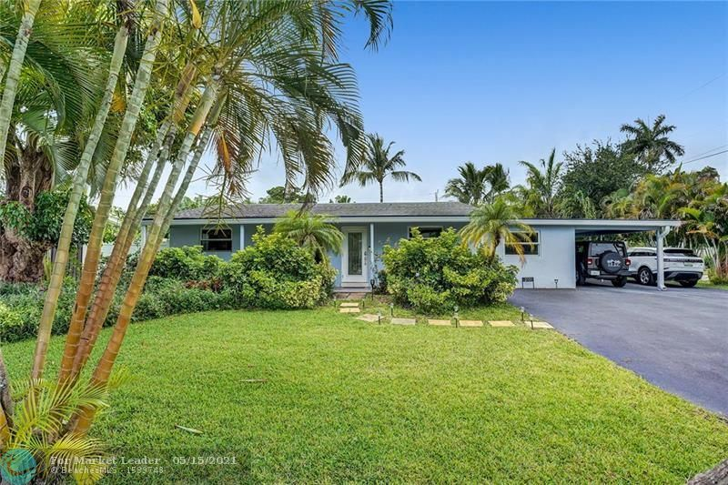 Photo of 2131 NW 2nd Ave, Wilton Manors, FL 33311 (MLS # F10284243)