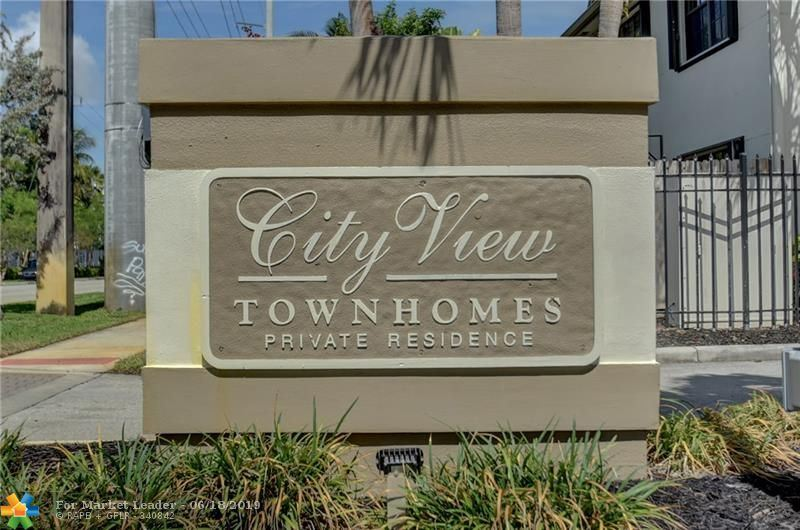 Photo for 396 City View Dr #396, Fort Lauderdale, FL 33311 (MLS # F10180244)