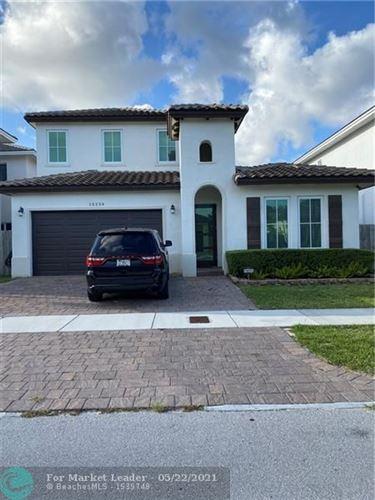 Photo of 15239 SW 176th Ln, Miami, FL 33187 (MLS # F10282245)