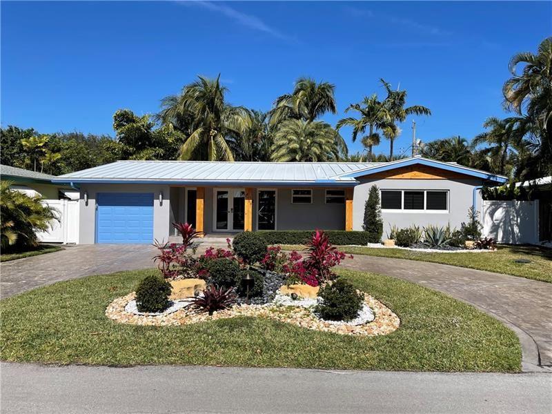 Photo of 1719 NE 28th St, Wilton Manors, FL 33334 (MLS # F10270249)
