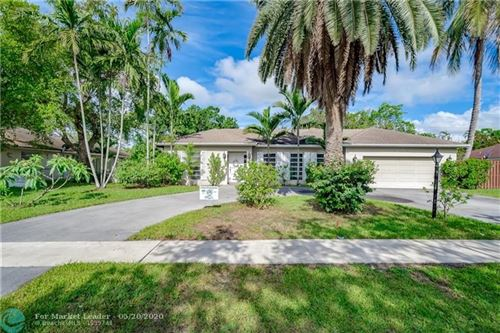 Photo of Listing MLS f10225251 in 521 SW 75th Ter Plantation FL 33317