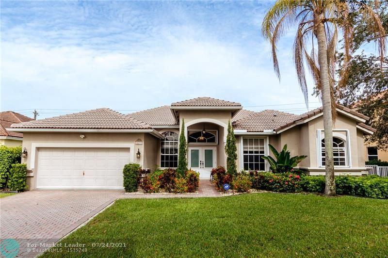 Photo of 10222 Lexington Estates Blvd, Boca Raton, FL 33428 (MLS # F10294251)