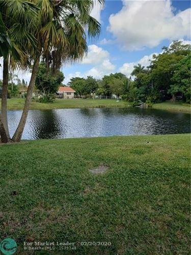 Foto de inmueble con direccion 10101 NW 36th St Coral Springs FL 33065 con MLS F10217255