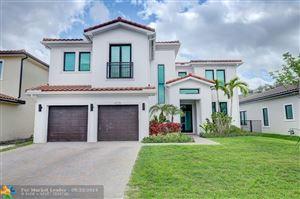 Photo of 5770 E Brookfield Cir E, Hollywood, FL 33312 (MLS # F10194261)