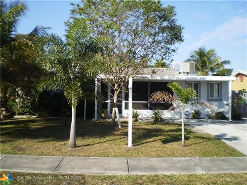 Photo of Listing MLS f10214269 in 5241 NE 2nd Ave Oakland Park FL 33334