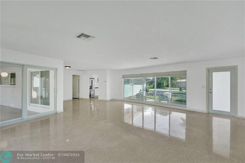 Photo of 2732 NE 34th St, Fort Lauderdale, FL 33306 (MLS # F10291269)