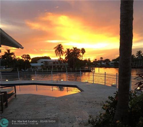 Photo of 3207 NE 38th St, Fort Lauderdale, FL 33308 (MLS # F10219272)