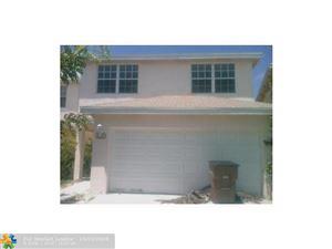 Photo of 4141 EASTRIDGE CIR, Deerfield Beach, FL 33064 (MLS # F10192274)