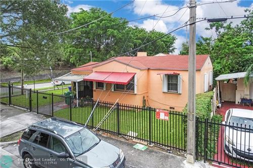 Photo of 595 NW 34th St, Miami, FL 33127 (MLS # F10280276)