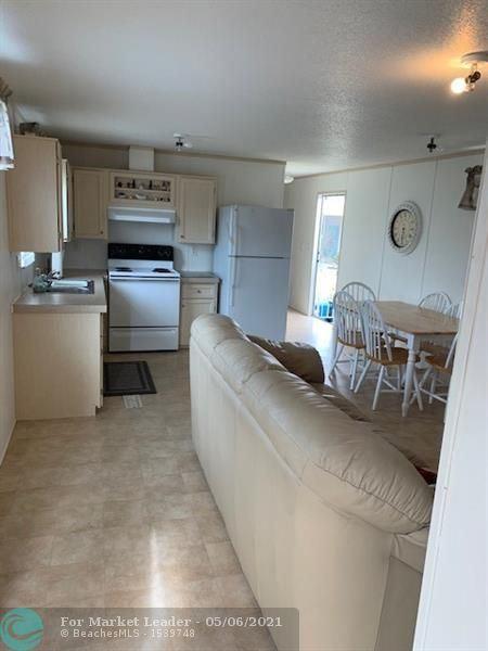 8641 SW 16TH Place, Davie, FL 33324 - #: F10283276