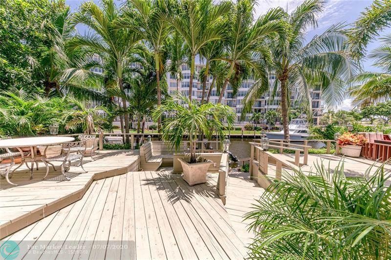 Photo of 3032 NE 49th St #3032, Fort Lauderdale, FL 33308 (MLS # F10237277)