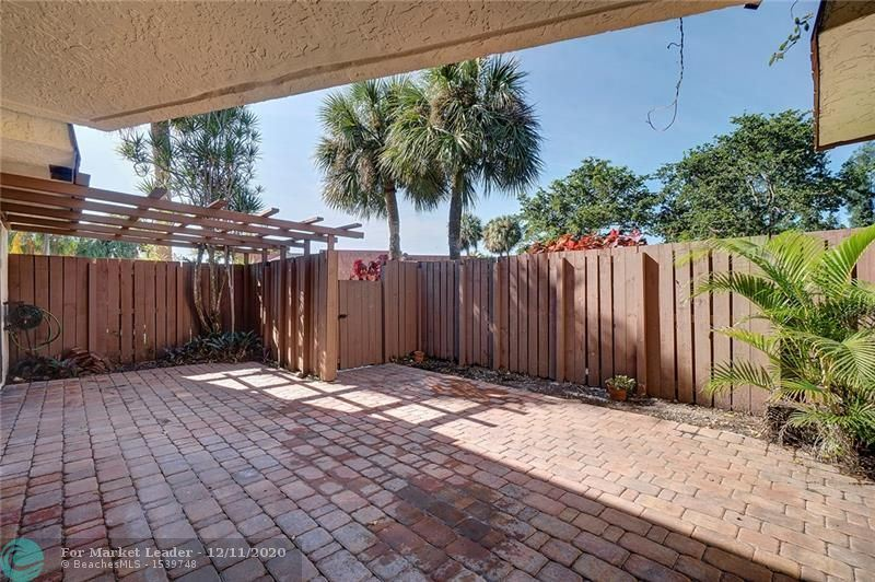 Photo of 1627 S Coral Ter #1627, North Lauderdale, FL 33068 (MLS # F10262277)
