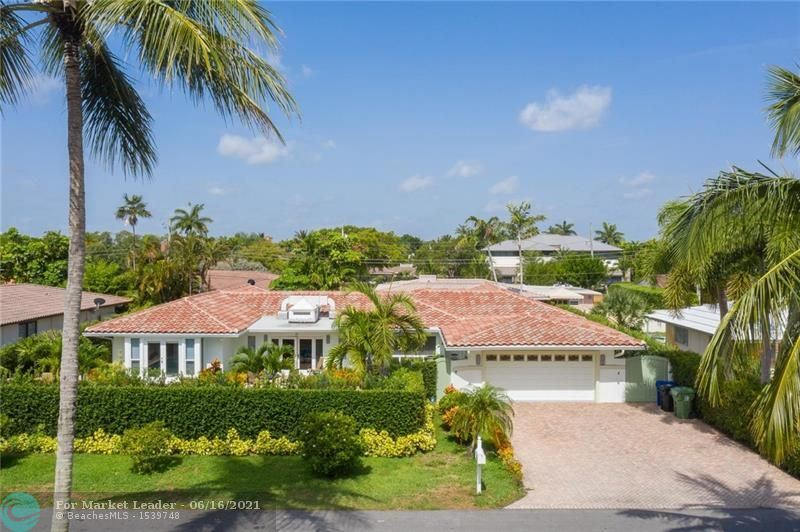 Photo of 2449 NE 26th Ave, Fort Lauderdale, FL 33305 (MLS # F10289279)