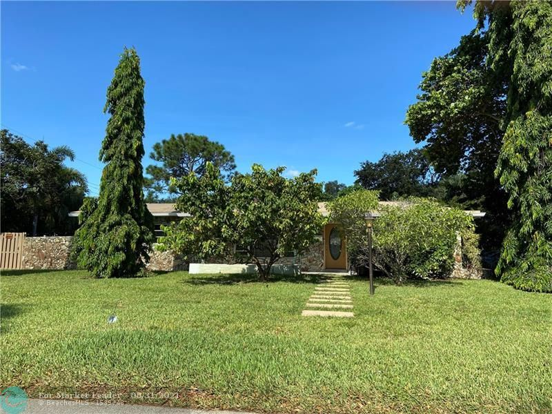 Photo of 2525 NW 6th Ave, Wilton Manors, FL 33311 (MLS # F10298281)