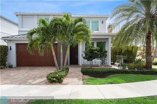 Photo of 3200 NE 26th St, Fort Lauderdale, FL 33305 (MLS # F10266282)