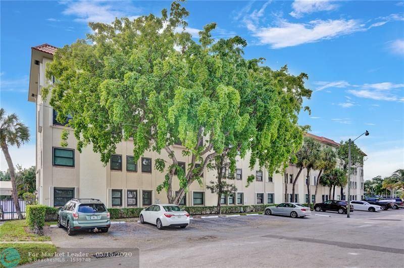 Photo of 615 NE 12th Ave #105, Fort Lauderdale, FL 33304 (MLS # F10229283)