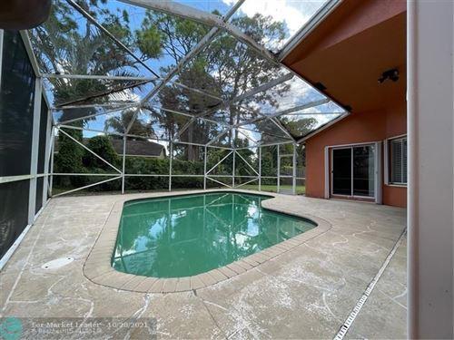Photo of 945 Sunflower Ave, Delray Beach, FL 33445 (MLS # F10306285)
