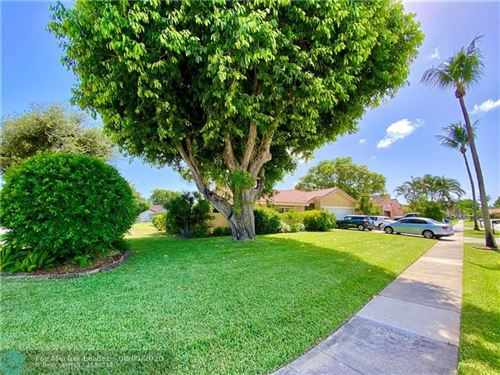 Photo of 400 NW 70th Street, Boca Raton, FL 33487 (MLS # F10241286)