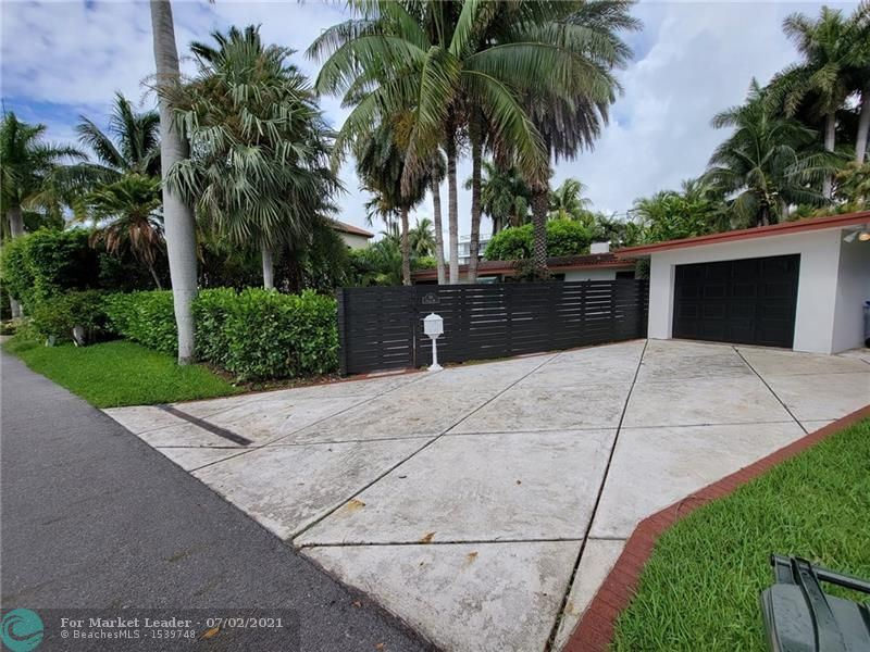 Photo of 19 Fiesta Way, Fort Lauderdale, FL 33301 (MLS # F10291289)