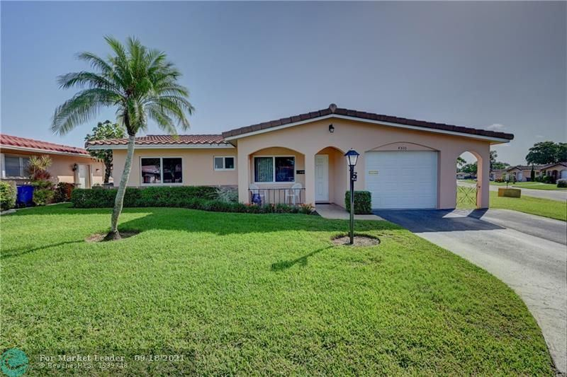 4300 NW 12th Way, Deerfield Beach, FL 33064 - #: F10301290