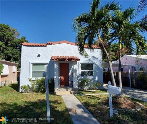Photo of 35 SE 12th St, Dania Beach, FL 33004 (MLS # F10213292)