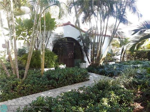 Photo of 1024 Lenox Ave #1, Miami Beach, FL 33139 (MLS # F10294294)
