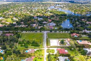 Photo of 6453 NW 77th Ter, Parkland, FL 33067 (MLS # F10173297)