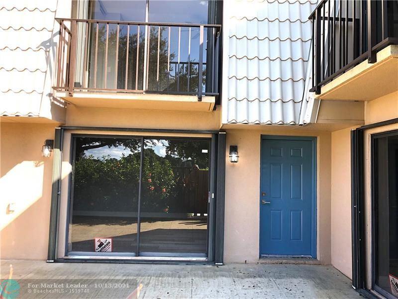 6637 66th Way, West Palm Beach, FL 33409 - #: F10304297