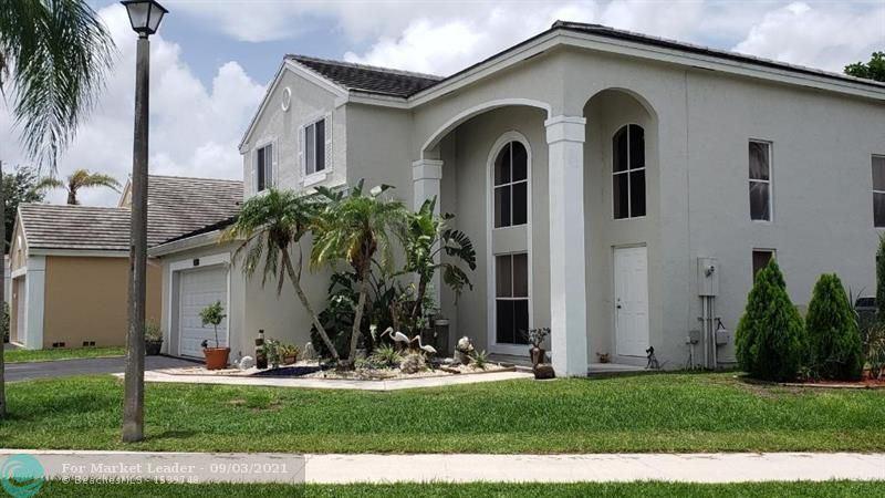 5205 NW 54th St, Coconut Creek, FL 33073 - #: F10292298