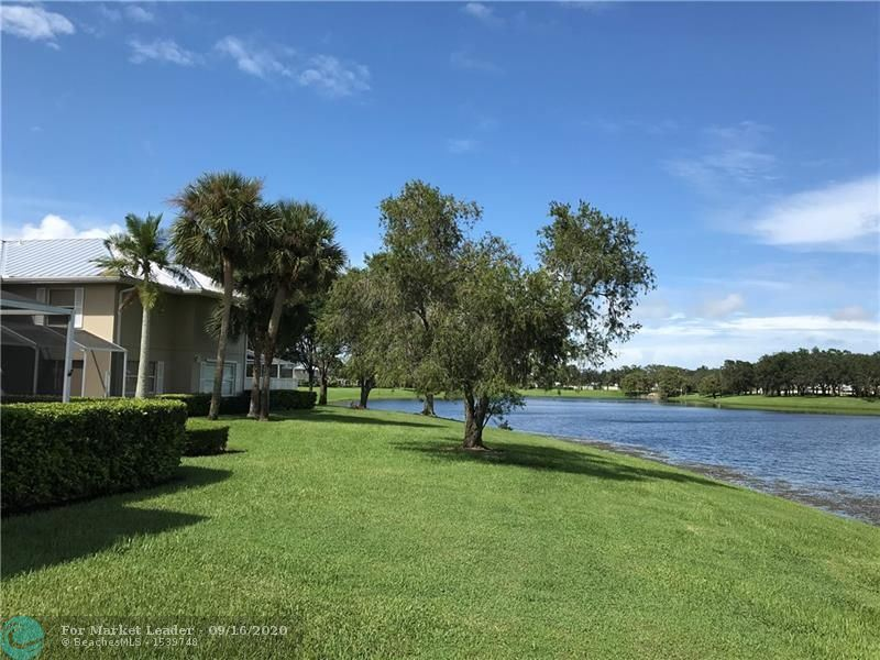Photo of 2486 SW Danbury Ln, Palm City, FL 34990 (MLS # F10249301)