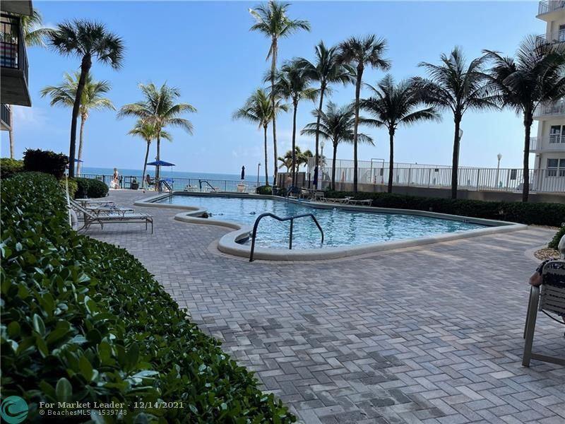 Photo of 3800 Galt Ocean Dr #914, Fort Lauderdale, FL 33308 (MLS # F10304306)