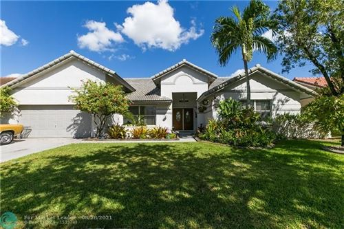 Photo of 1089 NW 161st Ave, Pembroke Pines, FL 33028 (MLS # F10298309)