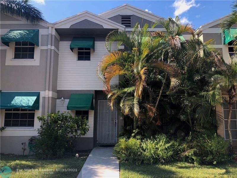 Photo of 12237 SW 52nd Pl, Cooper City, FL 33330 (MLS # F10294309)