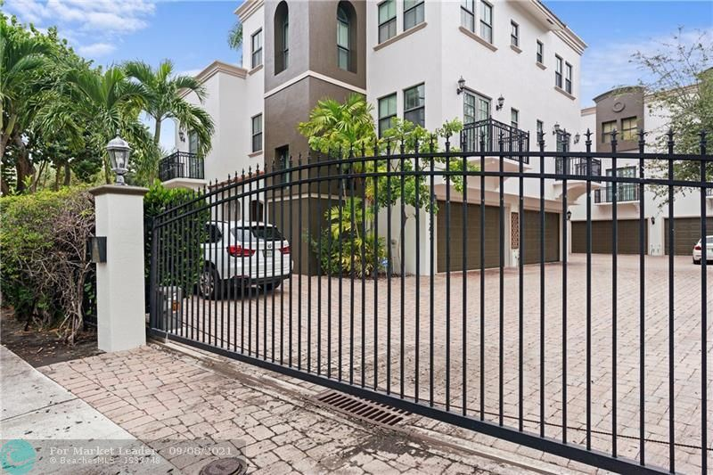 1344 Bayview Dr #1344, Fort Lauderdale, FL 33304 - #: F10299309